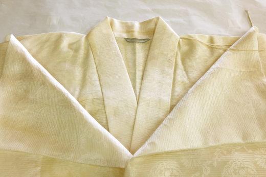 掛衿を外して洗って仕立て替えた本衣