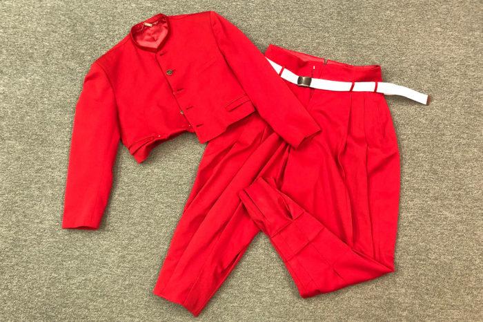 高校の体育祭「応援合戦」で副団長が着る短ランとボンタン。
