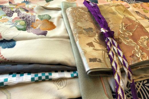 帯〆や帯揚、半衿など小物を新調して成人式へ。